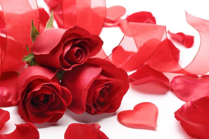 «Композиция с алыми розами» вид 1