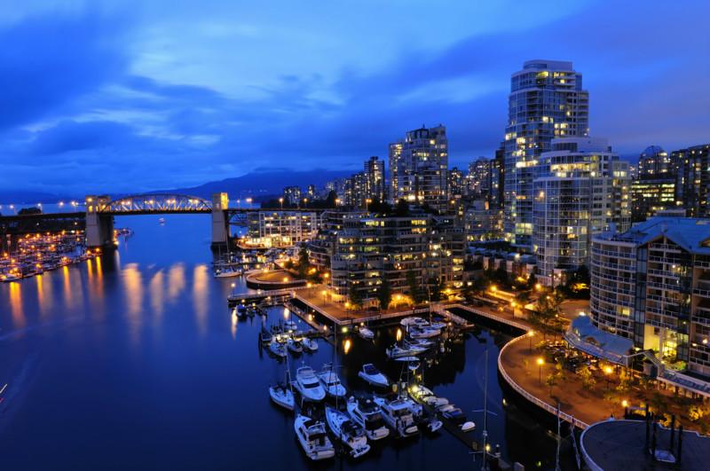 """3D Фотообои  """"Ночной причал в Ванкувере"""""""