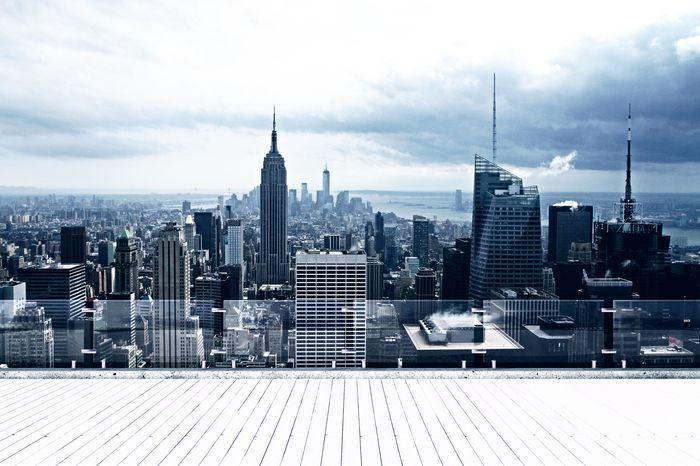3D Фотообои «Тучи над мегаполисом»