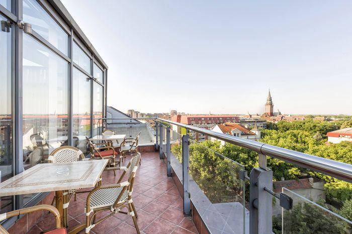 3D Фотообои «Балкончик где то в Европе»