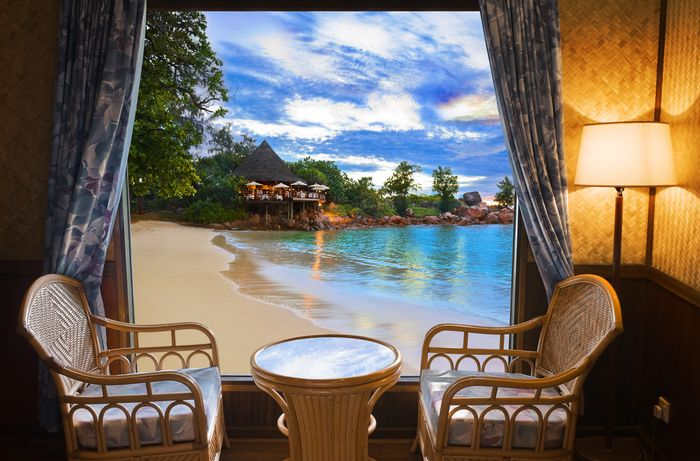 3D Фотообои «Вид из окна на вечерний пляж»