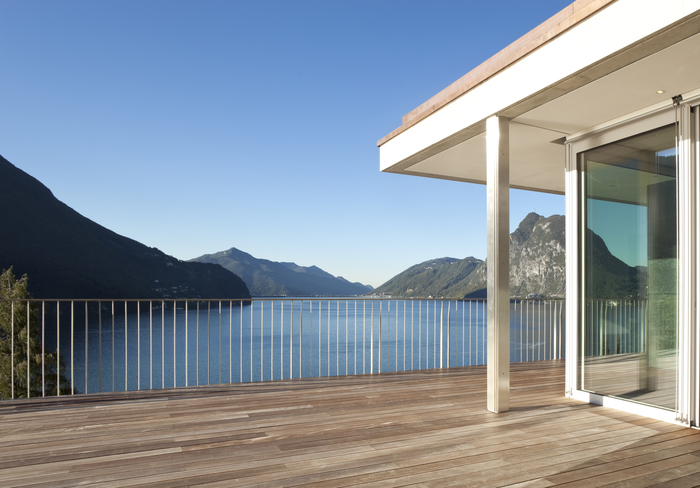 3D Фотообои «Деревянная терраса у горного озера»