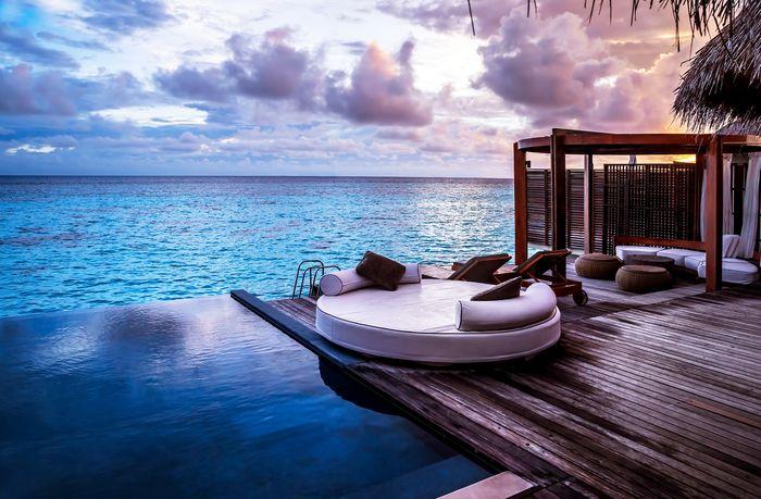 3D Фотообои «Терраса с бассейном перед океаном»